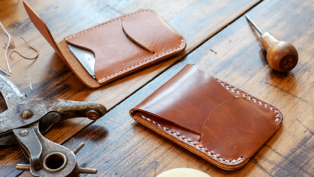 make a leather card holder with flap closure